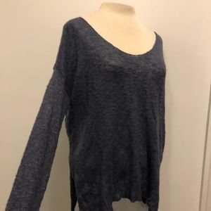 HOLLISTER BLUE KNIT SWEATER SIZE M/L